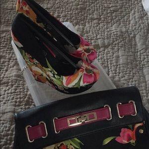 ALDO Wedge Shoe & Matching Clutch